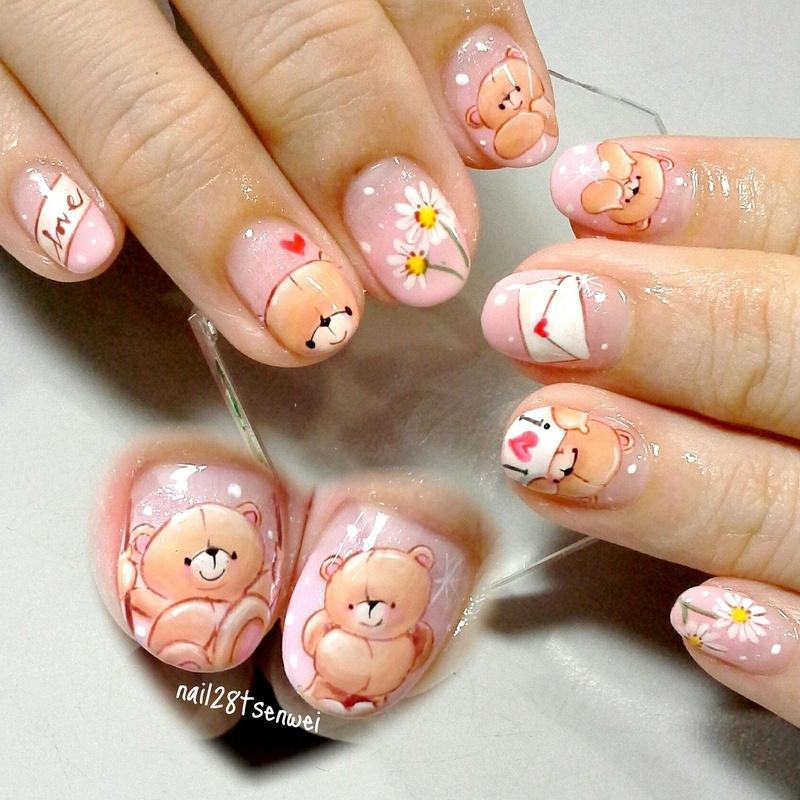 friendship forever bear nail art by Weiwei