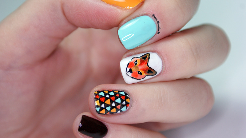 What Does The Fox Say? nail art by Panna Marchewka