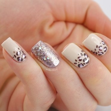 Rose Leopard nail art by Ann-Kristin