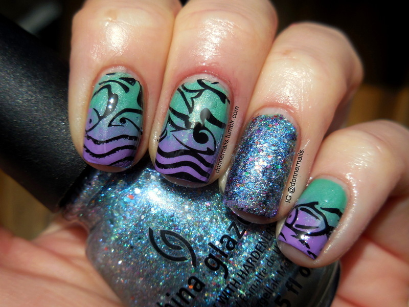 Fishies nail art by Donner