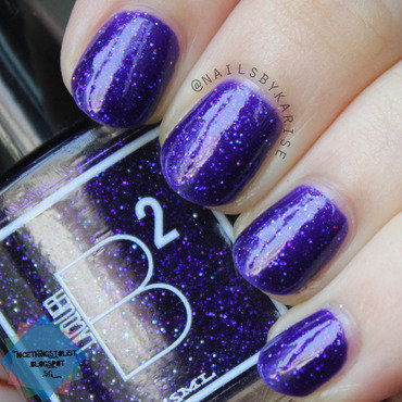 B squared lacquer royals indirect sunlight swatch 3 thumb370f