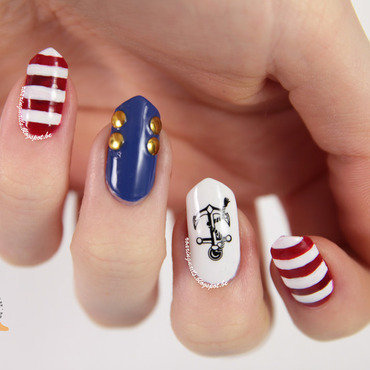 Hey There, Sailor! nail art by Robin