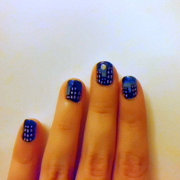 My little NYC nail art by Miryea Duca