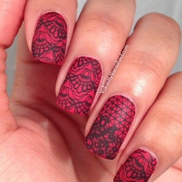 Red matte lace nails pic1 thumb370f