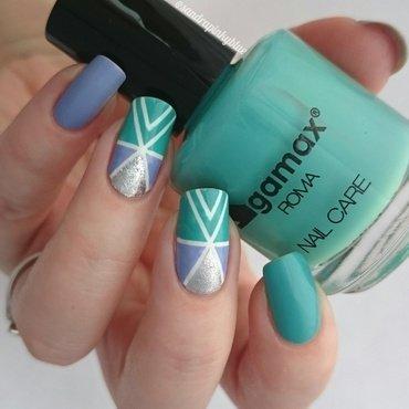 Triangle 🔺  nail art by Pinkyblue Nailart