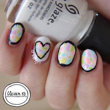 Mosaic Hearts nail art by Melissa (Clavum Es)