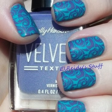 Inspired by a pattern nail art by Jenette Maitland-Tomblin