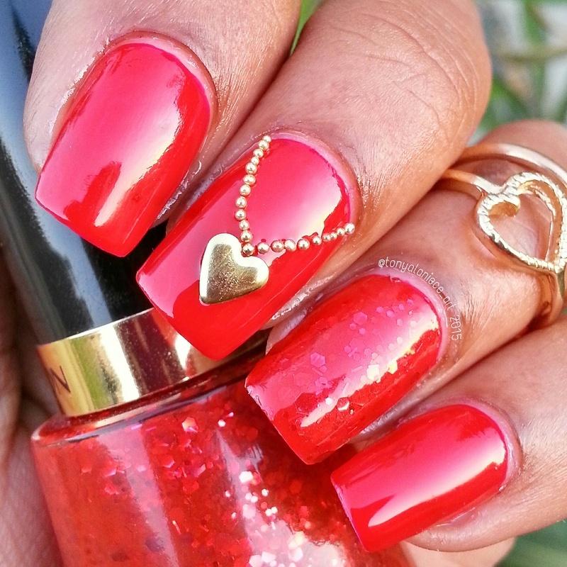 Hear Locket Necklace nail art by Tonya