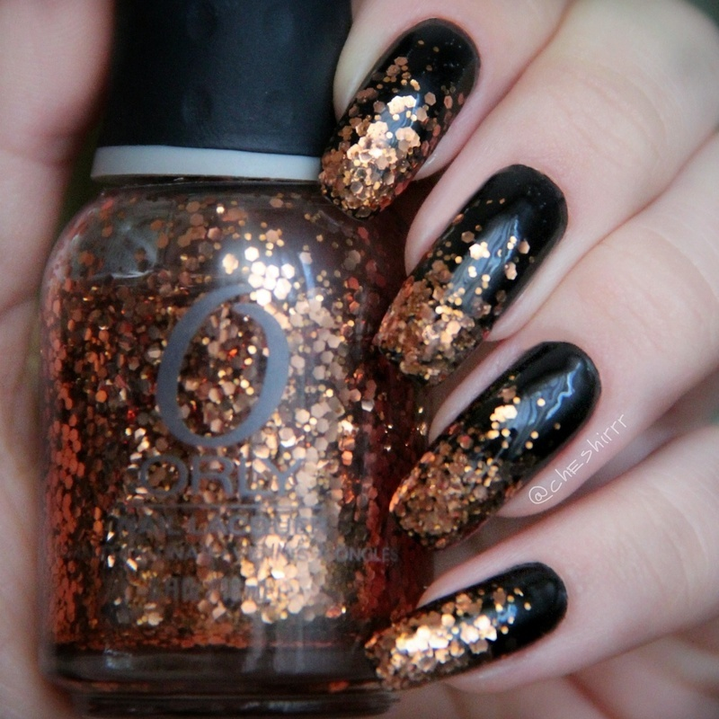 golden whirl nail art by cheshirrr