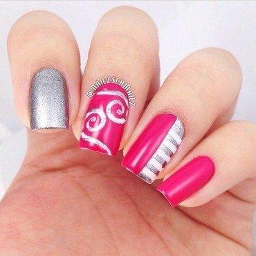 Stripes and swirls nail art by Eterna Santos