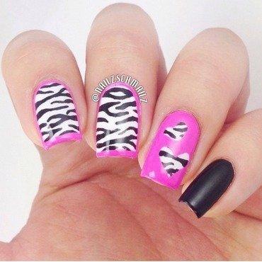 Zebra print hearts nail art by Eterna Santos