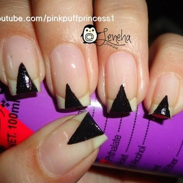 Triangles Nail Art  nail art by Leneha Junsu