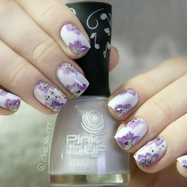 violet flowers nail art by cheshirrr