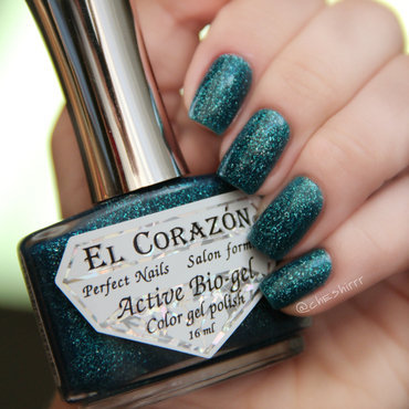 El Corazon Large Holo 423/501 Kryptonite Swatch by cheshirrr
