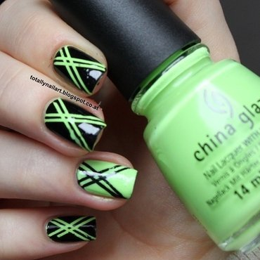 Striping Tape Design nail art by NailartAddicted