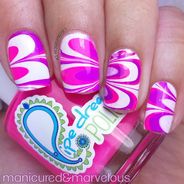 Valentine Watermarble nail art by Rose Mercedes