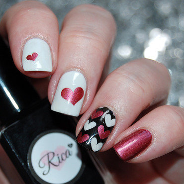 Valentines Day Nail Art nail art by Katie of Harlow & Co.