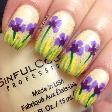 Summer love nail art by Beauty Intact