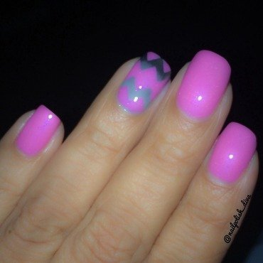 Pretty in Pink nail art by Marilyn