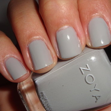Zoya Dove Swatch by Jessica