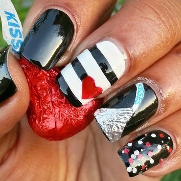 Hershey's Kisses nail art by Tonya