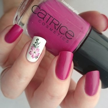 Pink flower  nail art by Pinkyblue Nailart