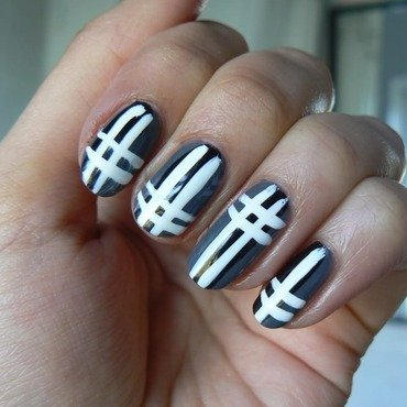 Plaidnails1 thumb370f