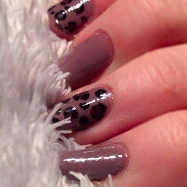 Basic Leopard print nail art by Rachel Dashwood