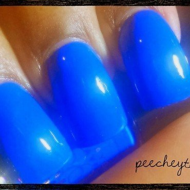 Revlon Colorstay Blue bombshell Swatch by peecheytee