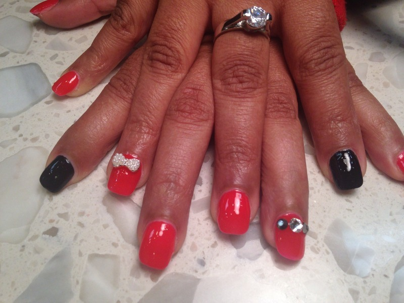 Bow Classy nail art by Michelle Spires