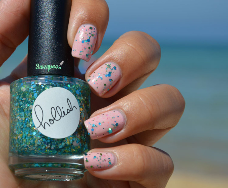 Hollish Polish Frogs in a pond Swatch by Sweapee