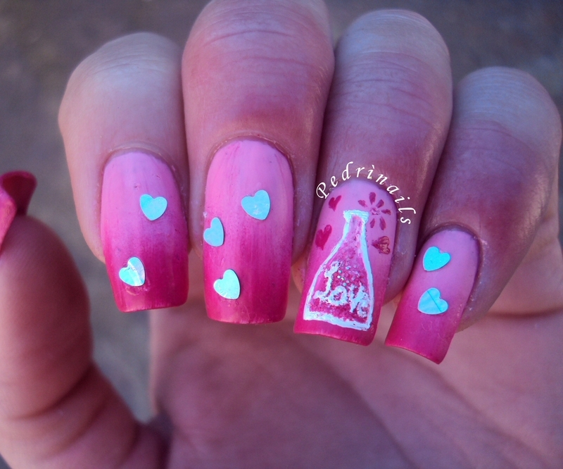 Does anybody need a love potion? nail art by Pedrinails