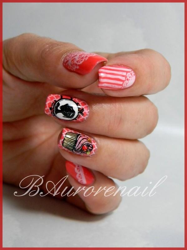cupcake au feminin nail art by BAurorenail
