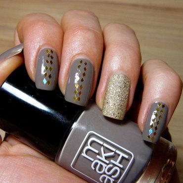 Dirt&Gold nail art by maxivsmini