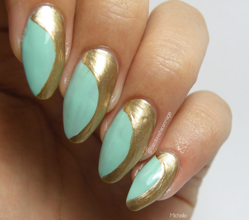 Curves nail art by Michelle Mullett