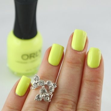 Orly Key Lime Twist Swatch by Ann-Kristin