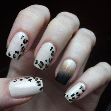 Leopard print nail art by Dominika Boruta