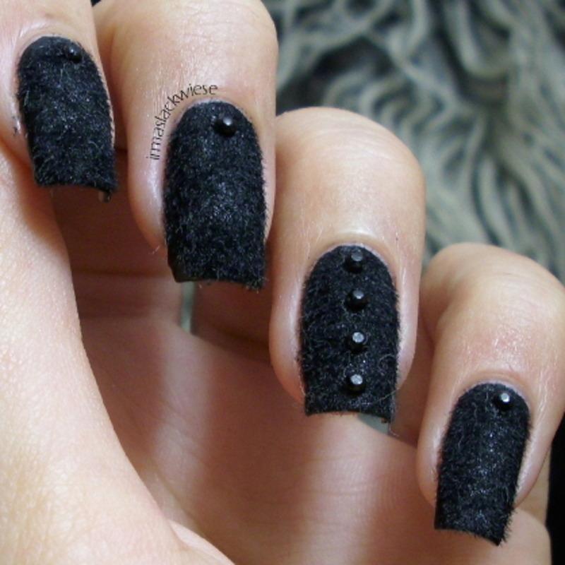 furry nails nail art by irma - Nailpolis: Museum of Nail Art