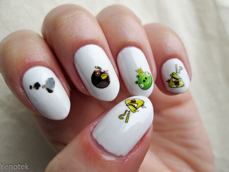 Angry Birds nail art by Yenotek
