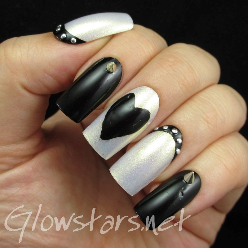 Monochrome Hearts and Studs nail art by Vic 'Glowstars' Pires
