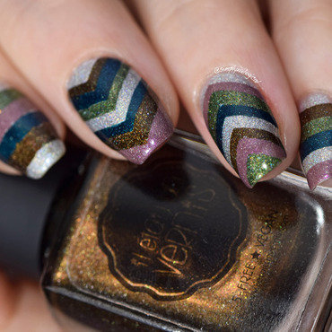 Colour-blocking stacked chevrons and stripes nail art by simplynailogical