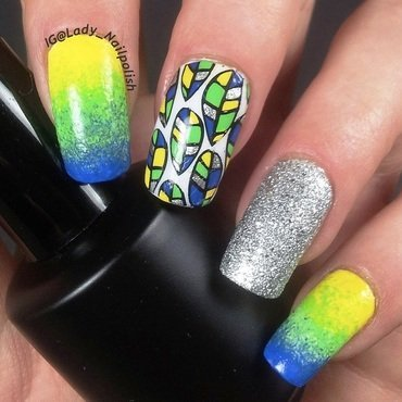 Carnaval Brasileiro Manicure nail art by Lady Nailpolish Nathalie