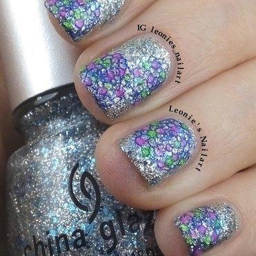 Silvers nail art by Leonie