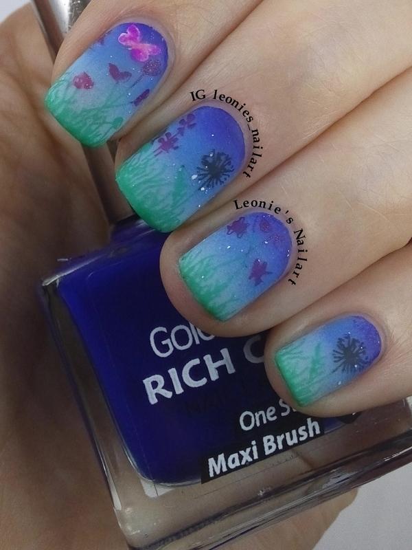 Twilight Sky nail art by Leonie