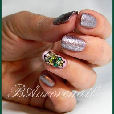 scarabée nail art by BAurorenail