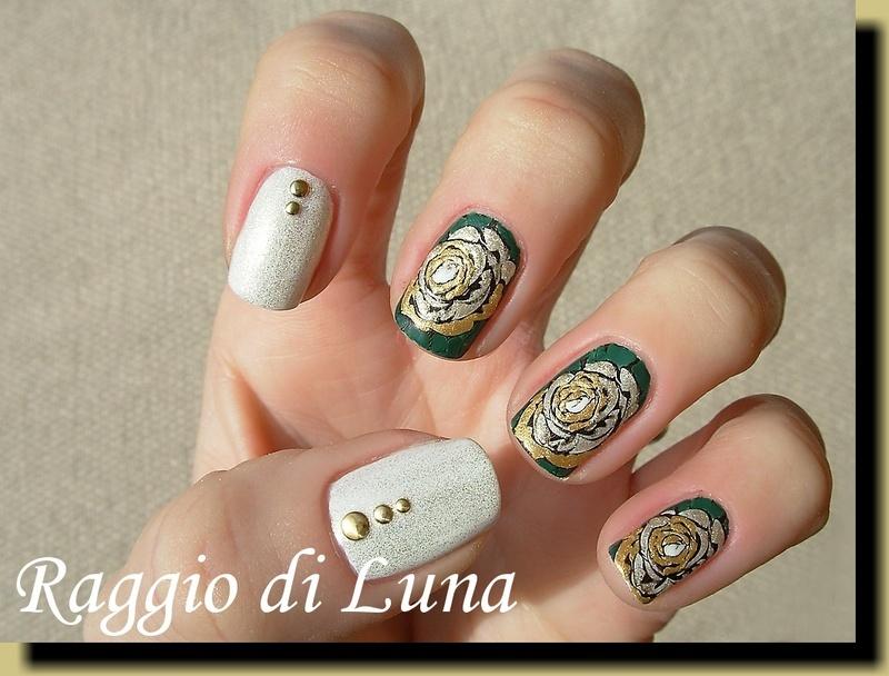 Stamping: Golden rose nail art by Tanja