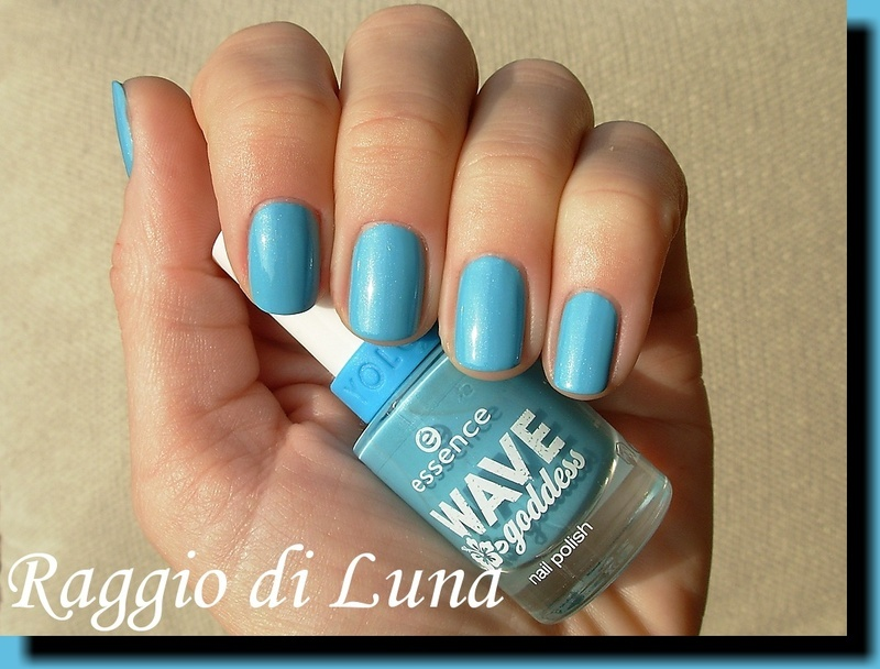 Essence Wave goddess n° 03 Have a Break Swatch by Tanja