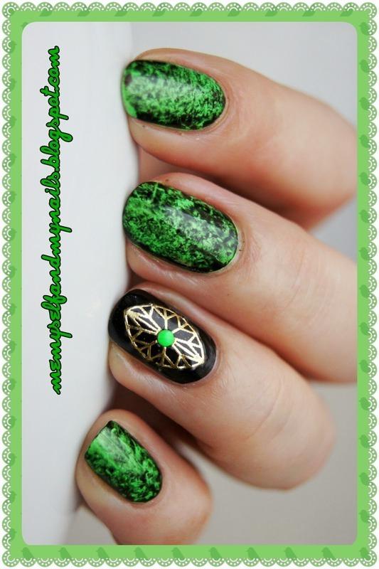 It's magic nail art by ELIZA OK-W