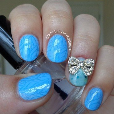 Light Blue Leafy Pattern with Bow Stud nail art by Lisa N