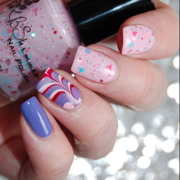 Sweet Egg-scape Watermarble nail art by Katie of Harlow & Co.